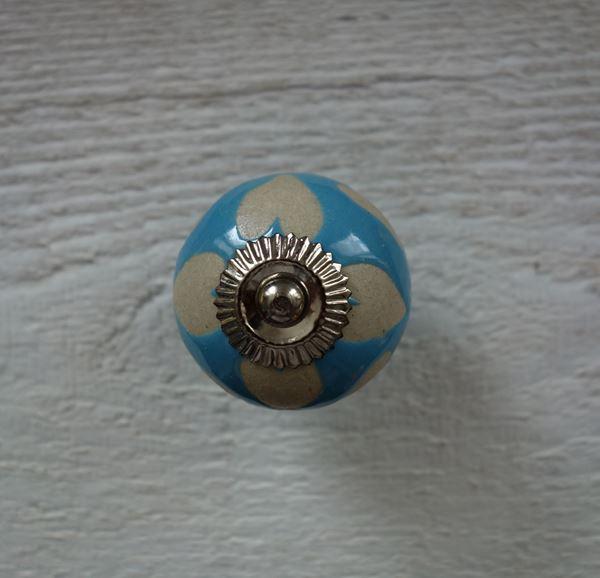 Bild von Möbelknopf hellblau mit Herzli