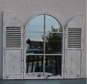 Bild von Vintage Bogenfenster