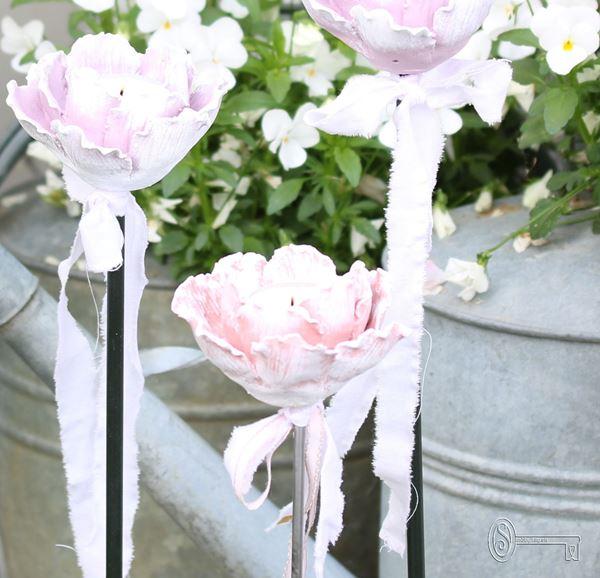 Bild von Gartenstecker Rosenlicht rosé