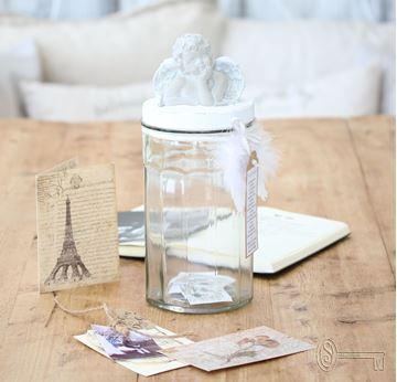 Bild von Glas mit Betondeckel Engel gross